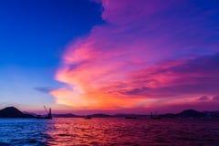 Сумерк гавани Виктории, Гонконга Стоковые Изображения