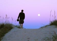 сумерк песка человека дюн Стоковые Фото