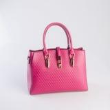 сумка или сумка женщины красного цвета на предпосылке Стоковая Фотография RF