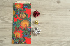 Сумка подарка рождества с разнообразие смычками Стоковая Фотография RF