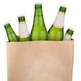 Сумка с зеленым пивом Стоковые Изображения