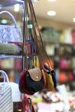 Сумки в магазине Стоковая Фотография