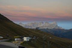Сумрак в доломитах, Италия Стоковое фото RF