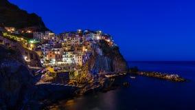 Сумрак в Manarola, Cinque Terre стоковая фотография rf
