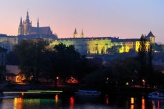 сумрак замока hradcany Стоковая Фотография