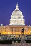 Сумрак здания капитолия США стоковые изображения rf