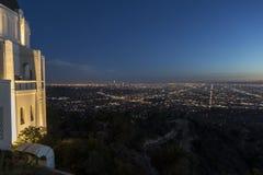 Сумрак Лос-Анджелес обсерватории Griffith стоковые фото