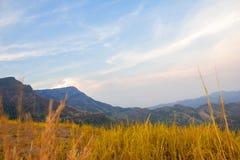 Сумрак на горе Стоковые Фото