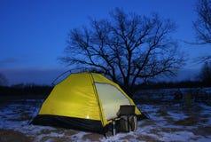 сумрак осветил шатер вверх Стоковое фото RF