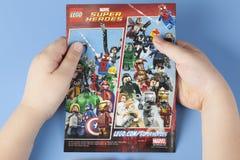 Супергерои чуда Lego комика стоковые фотографии rf
