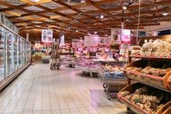 Супермаркет в Италии Стоковое фото RF