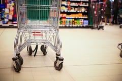 супермаркет покупкы тележки Стоковые Изображения RF
