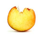 Супер крупный план макроса поперечного сечения живого frui персика донута Стоковые Фотографии RF