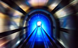Супер скорость футуристического голубого тоннеля Стоковые Фотографии RF