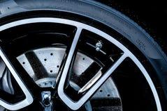 Супер тарельчатый тормоз автомобиля Стоковое Фото