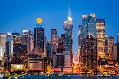 Супер луна в Нью-Йорке Стоковое Фото