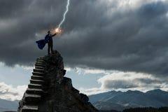 Супер человек в небе Мультимедиа стоковые изображения rf