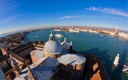 Супер широкий панорамный взгляд Венеции от церков Сан Giorgio Maggiore Стоковые Фотографии RF