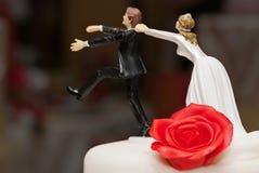 супруга венчания скульптуры супруга украшения торта стоковое фото rf
