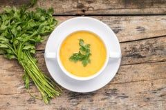 Суп гороха с пуком петрушки Взгляд сверху Стоковое Фото