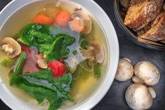 Суп гриба с овощами Стоковые Изображения RF