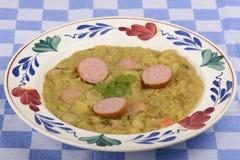 Суп зеленого гороха стоковое изображение rf