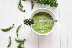 Суп зеленых горохов cream стоковые изображения rf