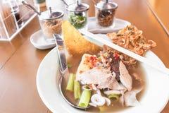 Суп лапши Foo животиков иен тайский стоковое изображение
