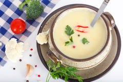 Суп молока с цветной капустой Стоковые Фото