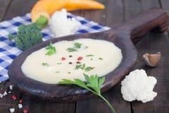 Суп молока с цветной капустой Стоковое Фото