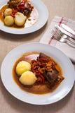 Суп мяса с картошками Стоковые Изображения