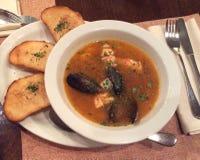 Суп продукта моря в плите Стоковая Фотография RF