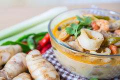 Суп специи Тома yum тайский стоковые изображения rf
