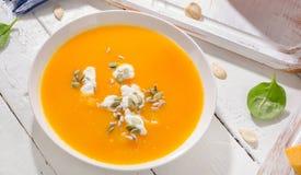 Суп тыквы и моркови стоковые изображения