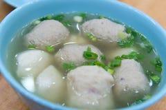 Суп шариков рыб и мяса Стоковое Изображение