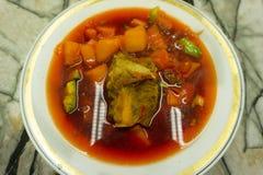 Суп Borsh с обедом мяса и капусты стоковая фотография