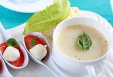 суп cauliflower Стоковые Изображения