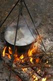Суп, shurpa, котел, огонь, варя Стоковое Изображение RF