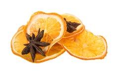 Сухая анисовка апельсина и звезды на белой предпосылке Стоковые Фото