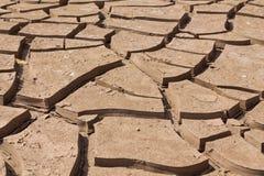 Сухая почва трескает картину текстуры Стоковые Изображения RF