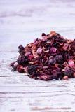 Сухое смешивание для чая плода заваривать стоковые фотографии rf