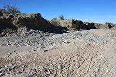 Сухой земля Калифорнии русла реки иссушанная засухой Стоковые Фото