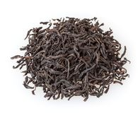 Сухой черный чай изолированный на белизне Стоковые Фотографии RF