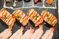 Суши, который служат на foodi японца плиты Стоковое Изображение
