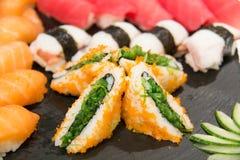 Суши, который служат на foodi японца плиты Стоковое Фото