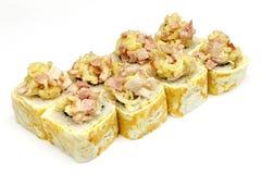 Суши, крен, японские суши морепродуктов, крен на белой предпосылке Стоковое фото RF