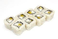 Суши, крен, японские суши морепродуктов, крен на белой предпосылке Стоковые Изображения