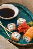 Суши с соевым соусом Стоковые Изображения