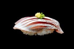 Суши Aji или сырцовая лошадь - рыба скумбрии на японском рисе Японская еда традиции Стоковые Фотографии RF