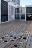 Суд доски тасовкой на корабле стоковая фотография rf